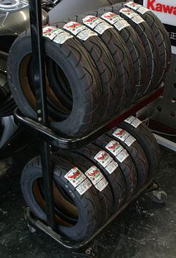 スクーター用タイヤ